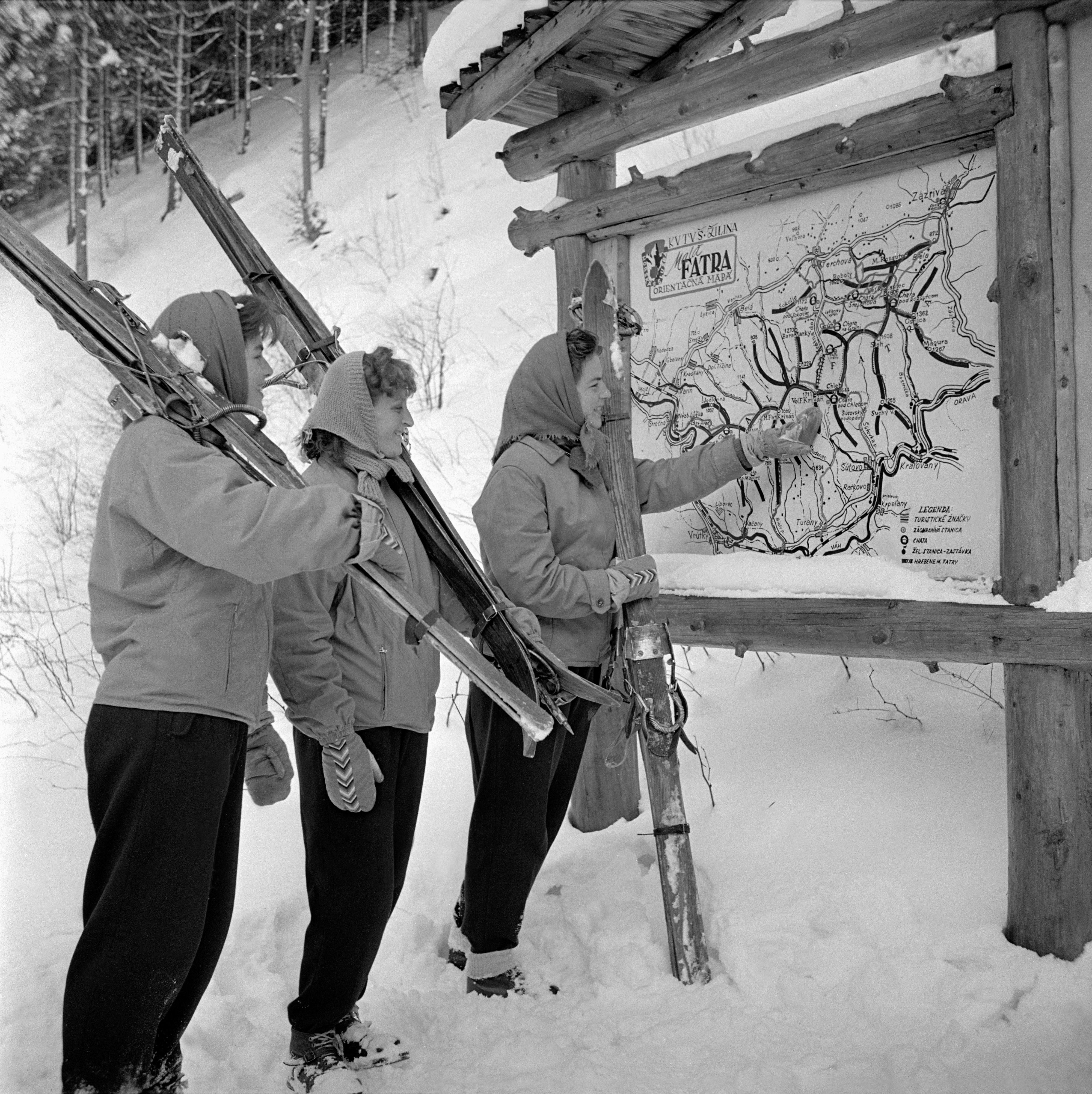 Na archívnej snímke z 12. februára 1960 Vrátna - srdce Malej Fatry.
