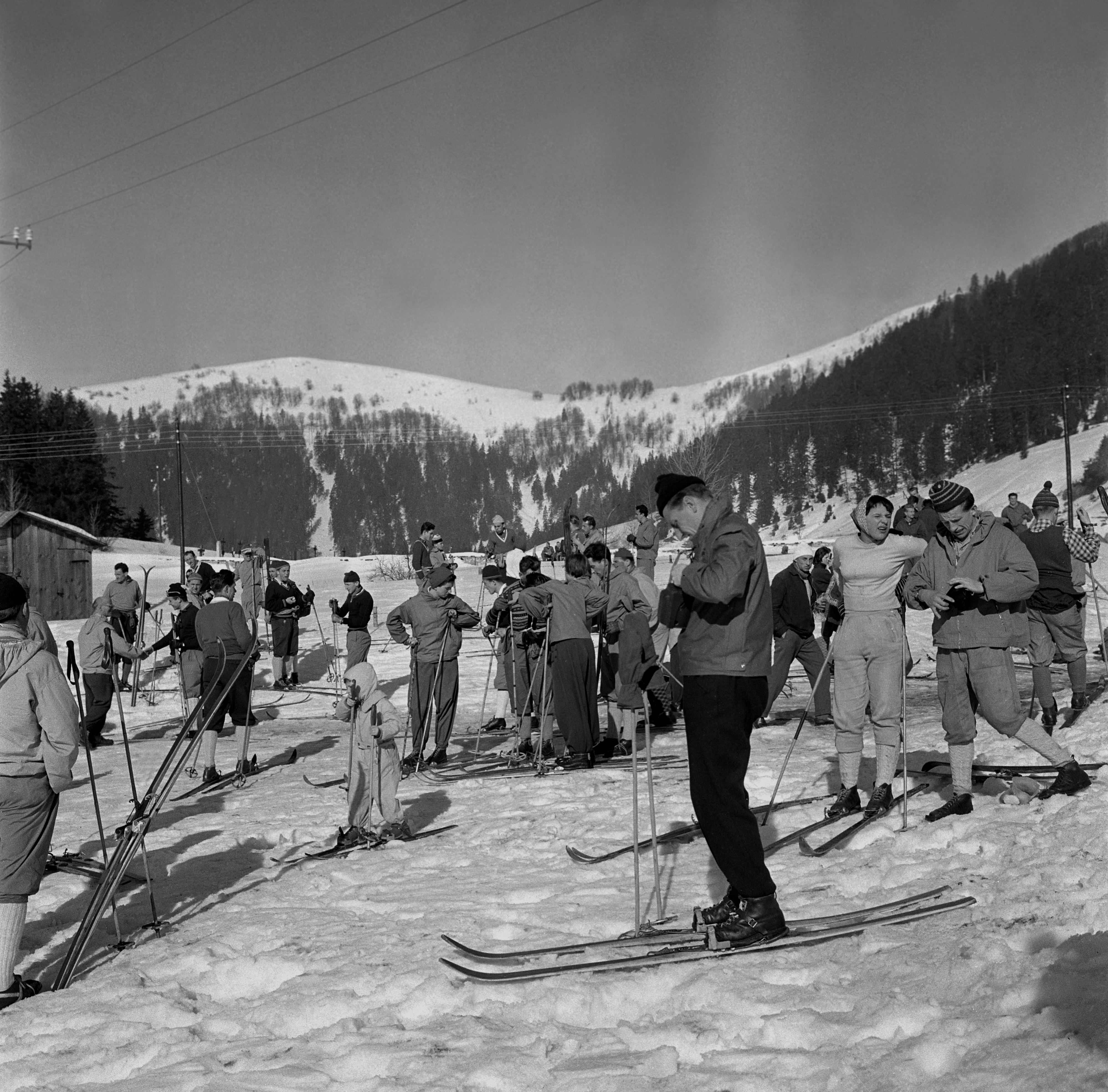 Na archívnej snímke z 9. marca 1960 Donovaly, stredisko lyžiarskych športov a turistiky.