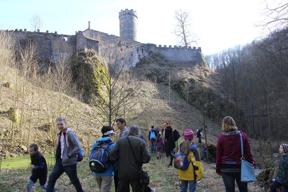 Hrad je obľúbeným turistickým miestom v Česku.