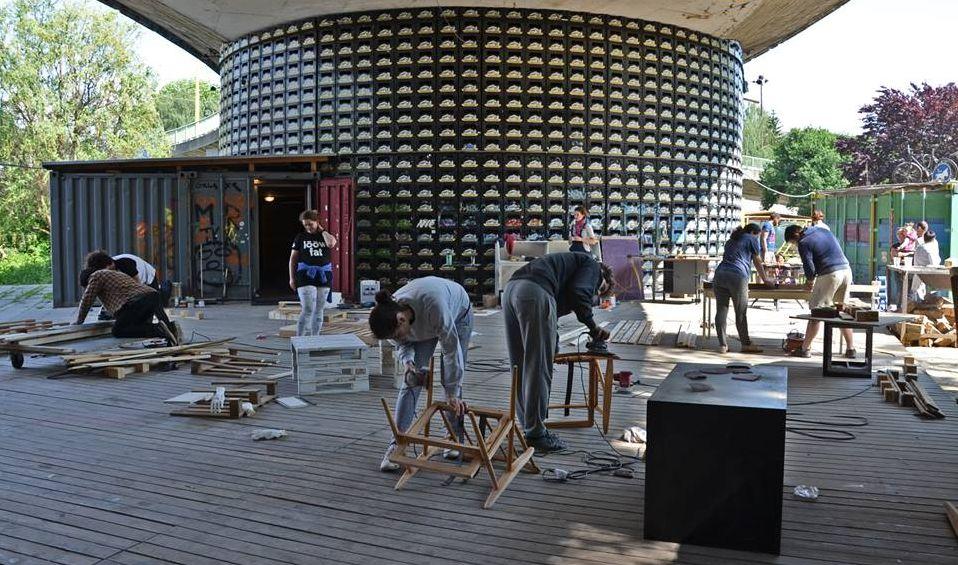Na workshop PURE JUNK v Žiline prišlo množstvo záujemcov.