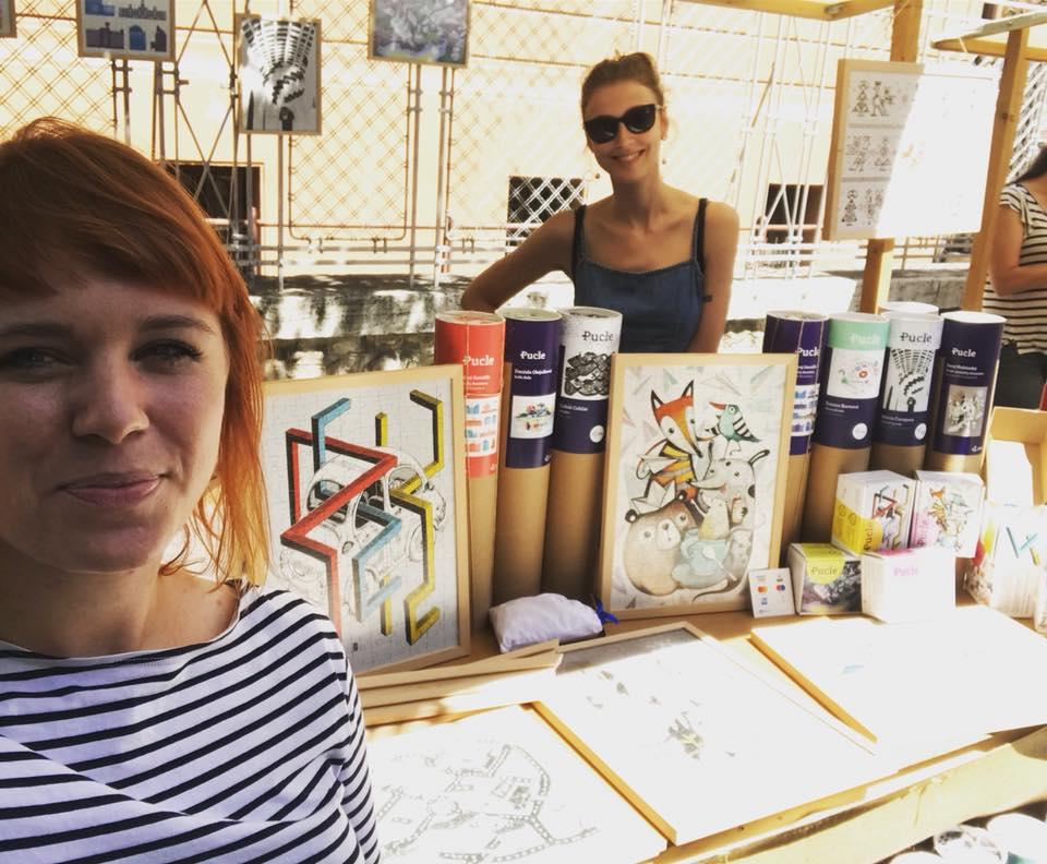 Baška (vľavo) a Lenka na markete v rodnom Trenčíne.