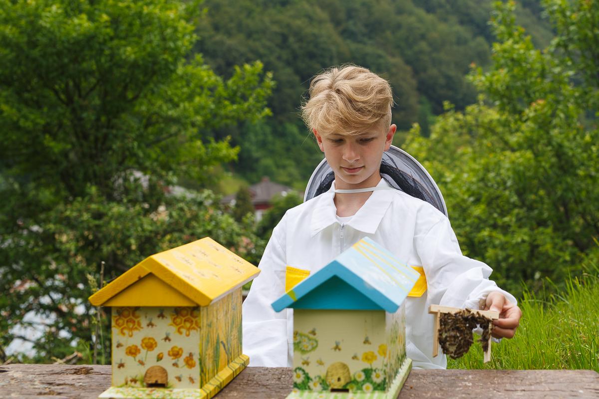 Záujem mladých o včelárenie rastie.