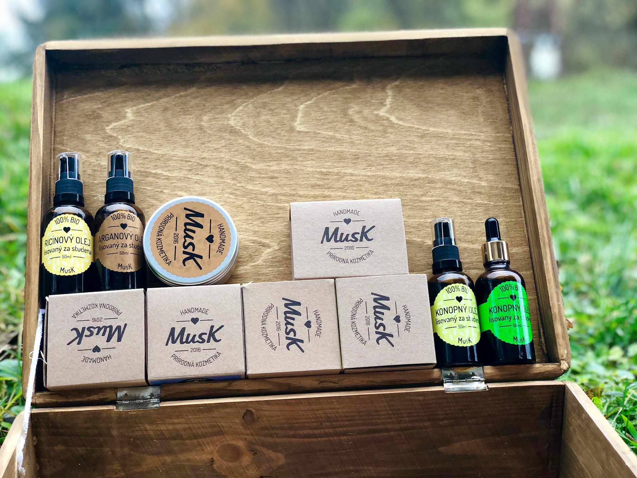 Kozmetika značky MusK ponúka viacero typov produktov.