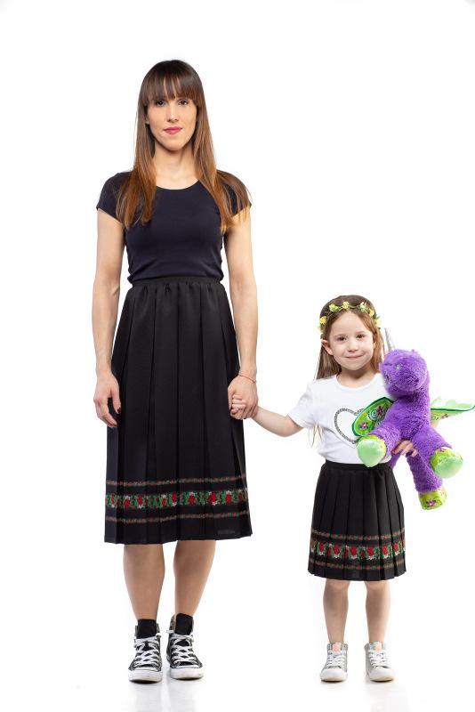Plissé móda je vhodná pre malé aj veľké parádnice.