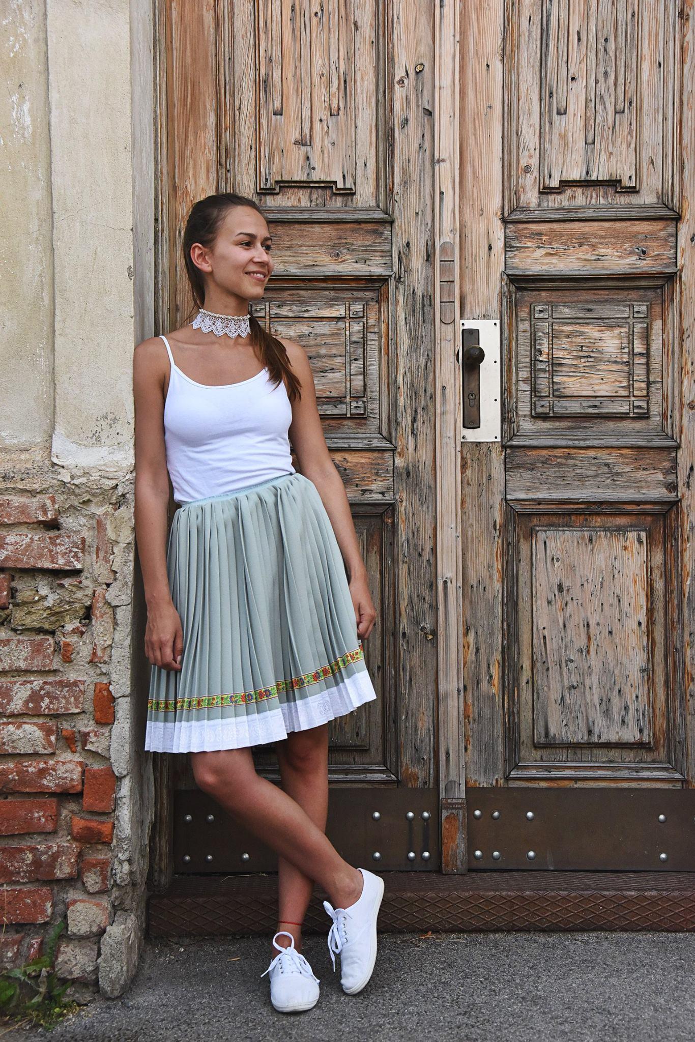 ef76790bfc1d Súrodenci z Prešova vyrábajú nádherné sukne starodávnou technikou ...