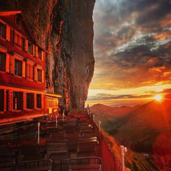 Aj takéto panoramatické výhľady si tu môžu vychutnať turisti.